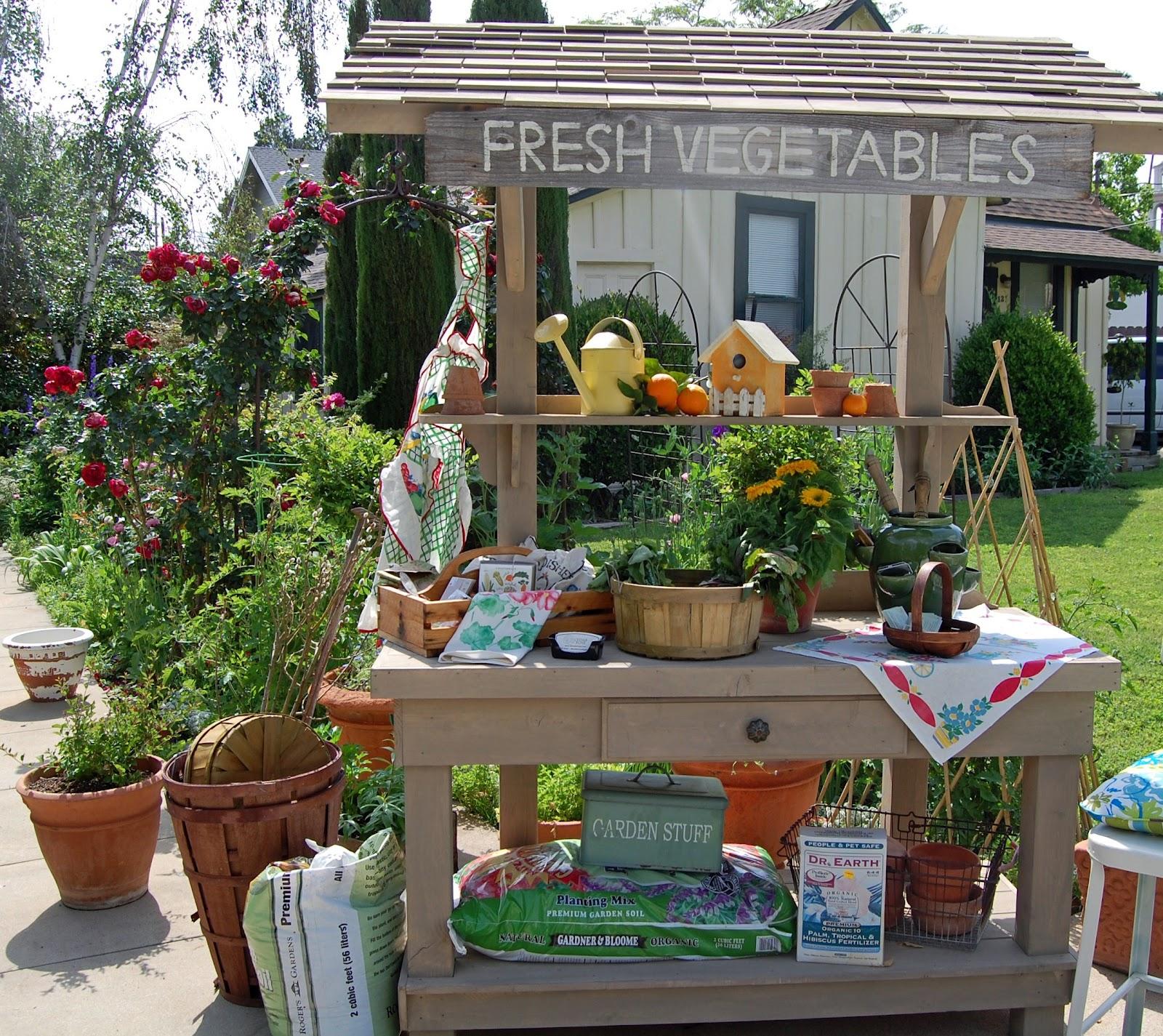 Garden Cottage: My Painted Garden: Cottage Garden Tour