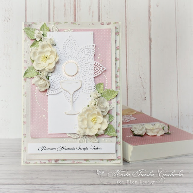 First Holy Communion set in pink