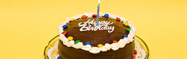 Kue Tart Ulang Tahun Rasa Coklat Kacang Yang Unik & Simple