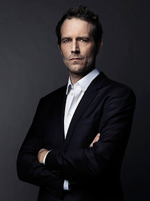 Michael Vartan in The Arrangement Season 1 (17)