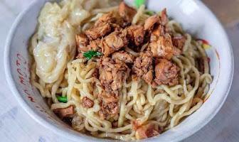 7 Kuliner Mie Paling Enak di Bogor Yang Rasanya Mantul!!!