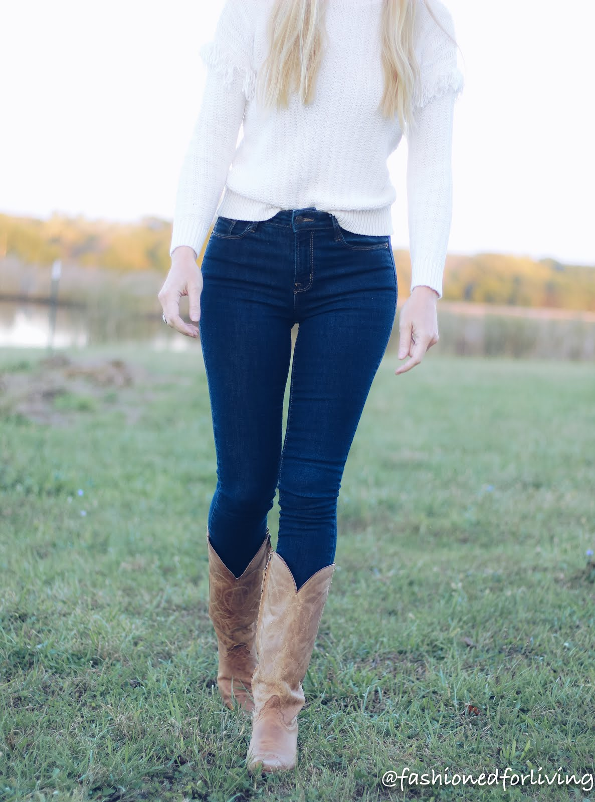 cowgirl boots and skinny jeans