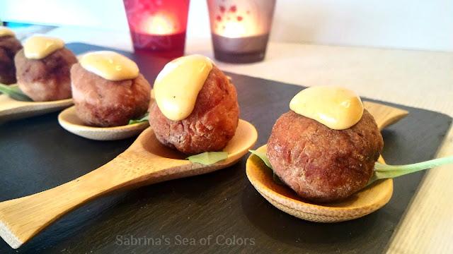 Mini_albóndigas_de_pollo_con_salsa_brava