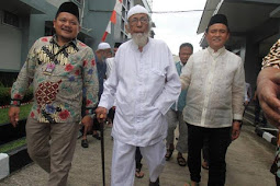 Ust Abu Bakar Ba'asyir dibebaskan, Tapi  Menko Polhukan?
