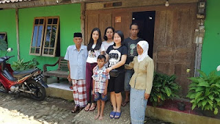 Antara Jakarta – Jogja saya Melihat Indahnya Kebersamaan dalam Kesederhanaan: Refleksi Live In