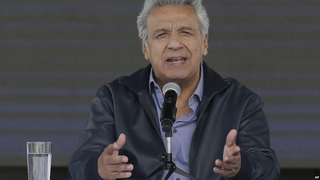 Presidente de Ecuador justificó el retiro del asilo al fundador de WikiLeaks / AP
