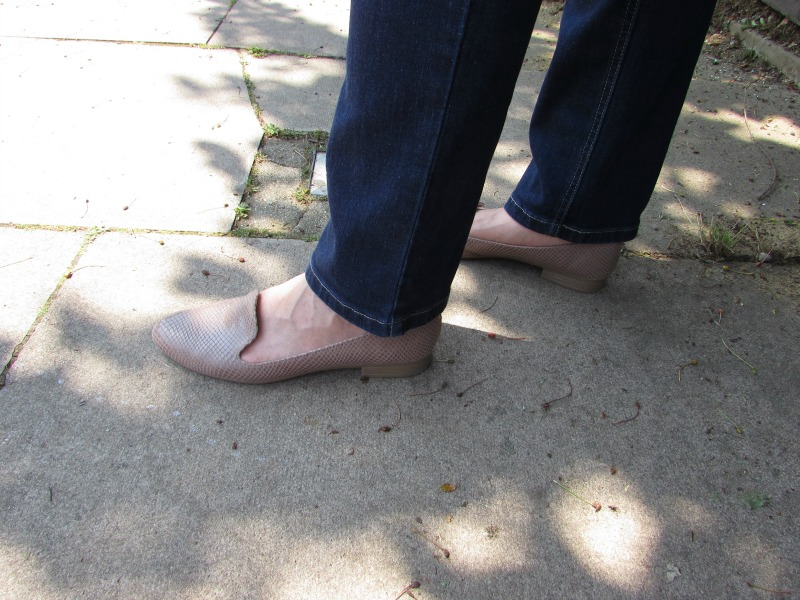 beige slipper shoes