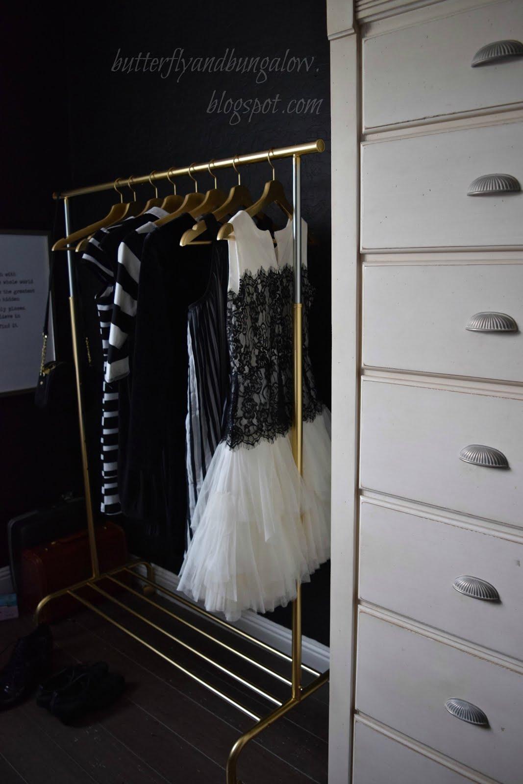 rigga clothes rack hack