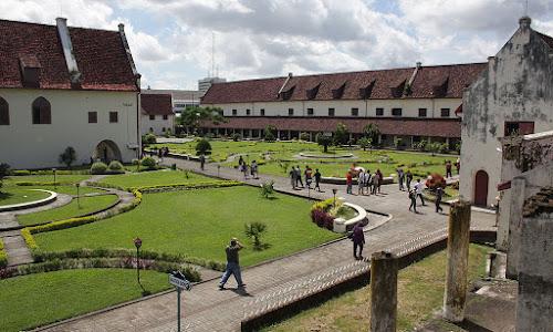 Pentingnya Melestarikan Situs Sejarah dan Cagar Budaya