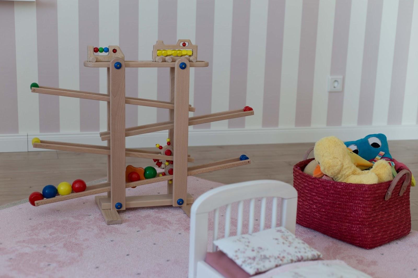 lebensimpressionen m dchenzimmer geschenkideen f r einj hrige. Black Bedroom Furniture Sets. Home Design Ideas