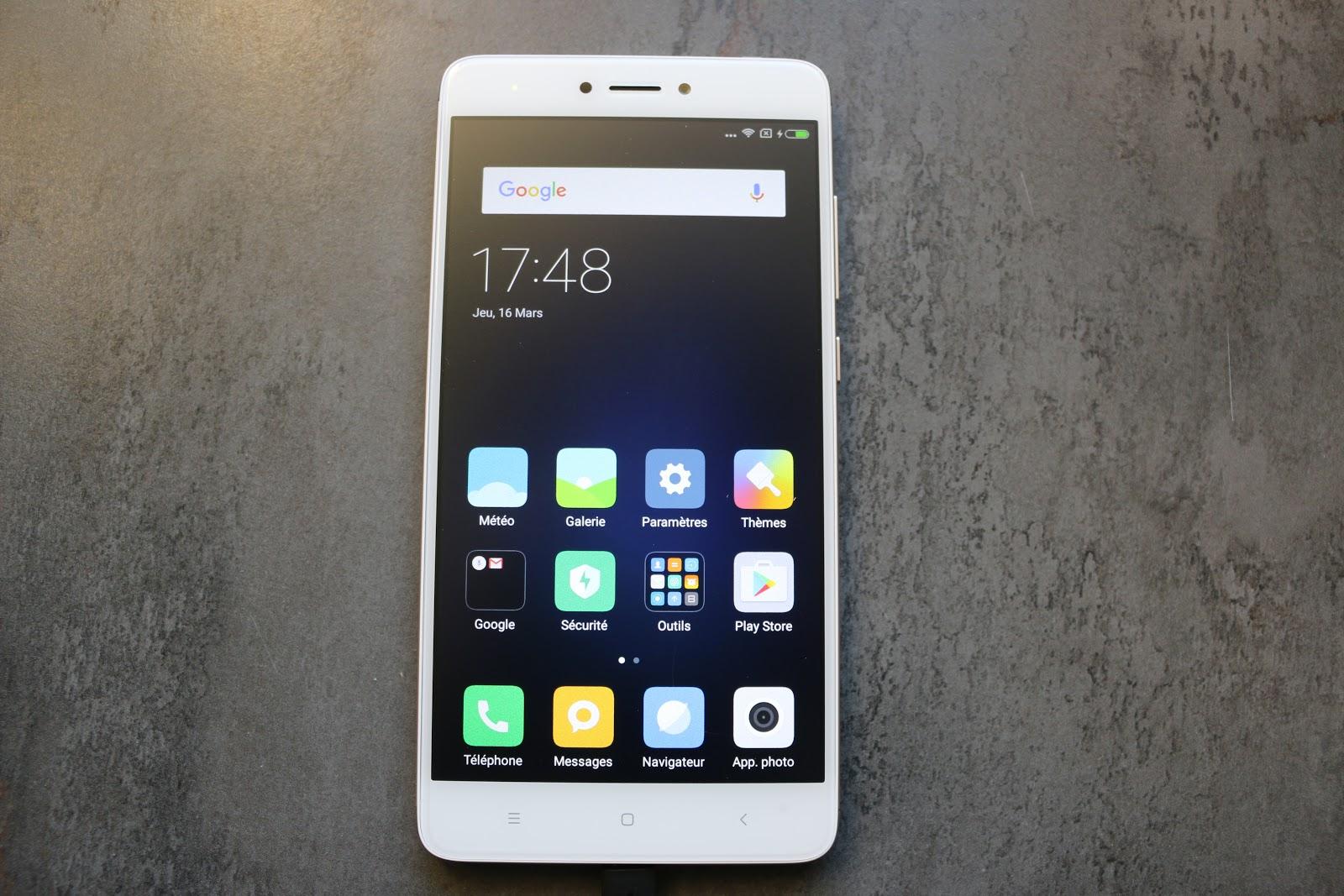Iphone S Ecran Cabe A Vendre