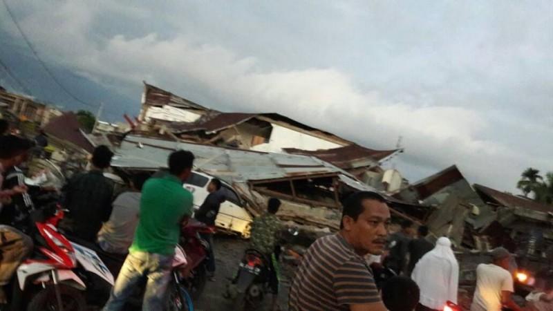 Penampakan kondisi bangunan runtuh akibat gempa Pidie Jaya