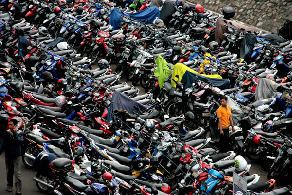 Rekap Kinerja Pasar Motor Indonesia Tahun 2015  (www.motroad.com)