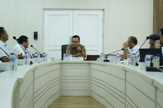 Plt Bupati Muba Dukung Penyelesaian Pembangunan SUTM
