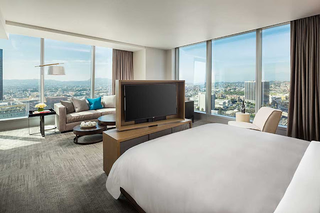 The inside InterContinental Los Angeles Downtown presents the exhilaration that defines what it means to live the InterContinental life.