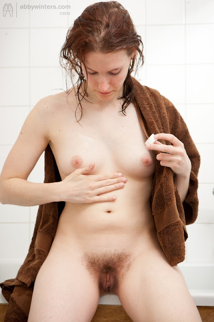 https://awinters.xxx/shoots/solo/Zoey_Bath/indexb.html