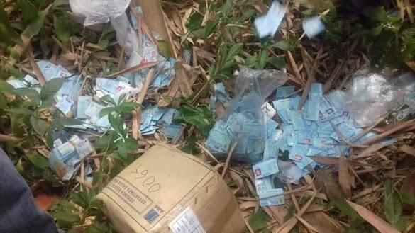 Ribuan E-KTP Ditemukan Tercecer di Jalan Serang
