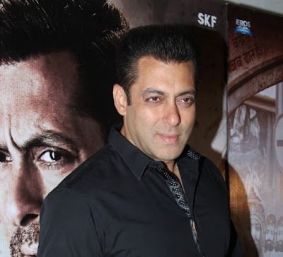 b-town-celebrities-attend-screening-of-sultan