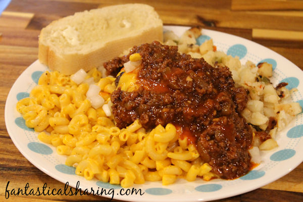 Featured Recipe | Garbage Plate from Fantastical Sharing of Recipes #SecretRecipeClub #recipe #maindish #copycat #beef