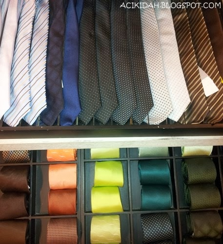 Necktie / Tali Leher