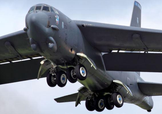 Boeing B-52 Stratofortress specs