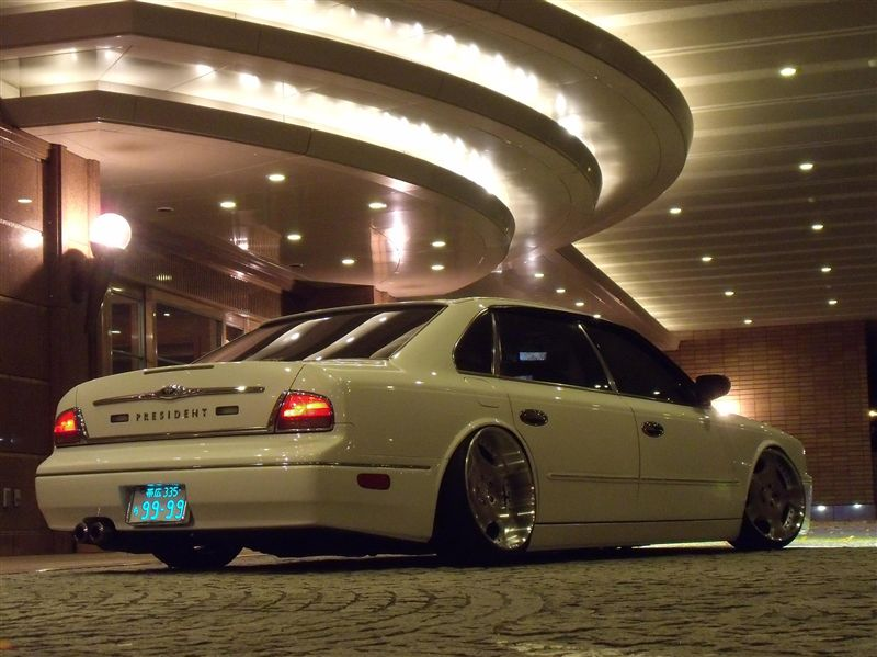 gleba, niskie zawieszenie, low suspension, シャコタン, Shakotan, Nissan President, dumped, lowered, slammed