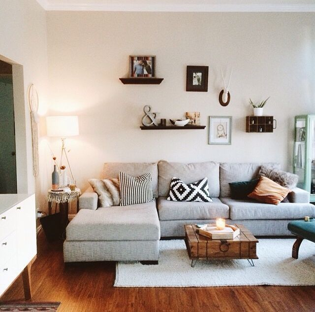 LIVING ROOM INTERIOR INSPO | in style of Emily.