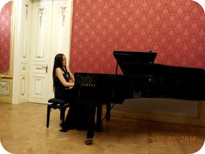 Recital neconventional Julie Alcaraz la Craiova