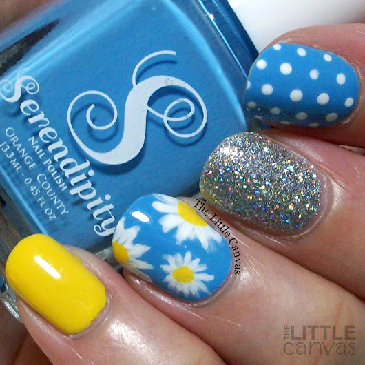 The One With the Daisies and Serendipity Polish Vitamin Sea