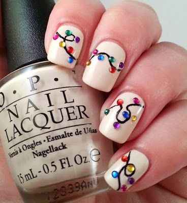 classy-and-stylish-christmas-nail-art-designs-for-girls-17