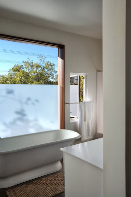 "white bathroom design LEED House ""Like A Houseboat"""