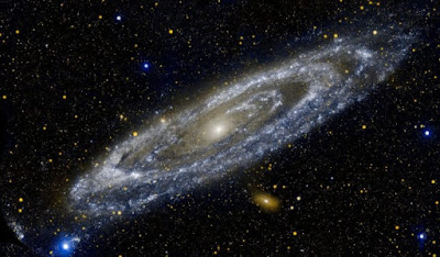 अंतरिक्ष के पार भी –डॉ. हरिकृष्ण देवसरे