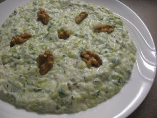 Zucchini Salad with Yogurt (Yogurtlu Kabak Salatasi)