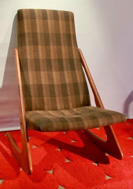 chicbaazar objets vintage 50 60 70 fauteuil bascule scandinave 1950 60. Black Bedroom Furniture Sets. Home Design Ideas
