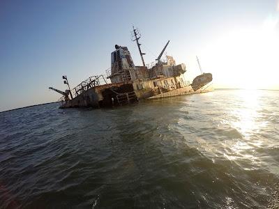 Wrak statku na Morzu Czarnym w Rumuni