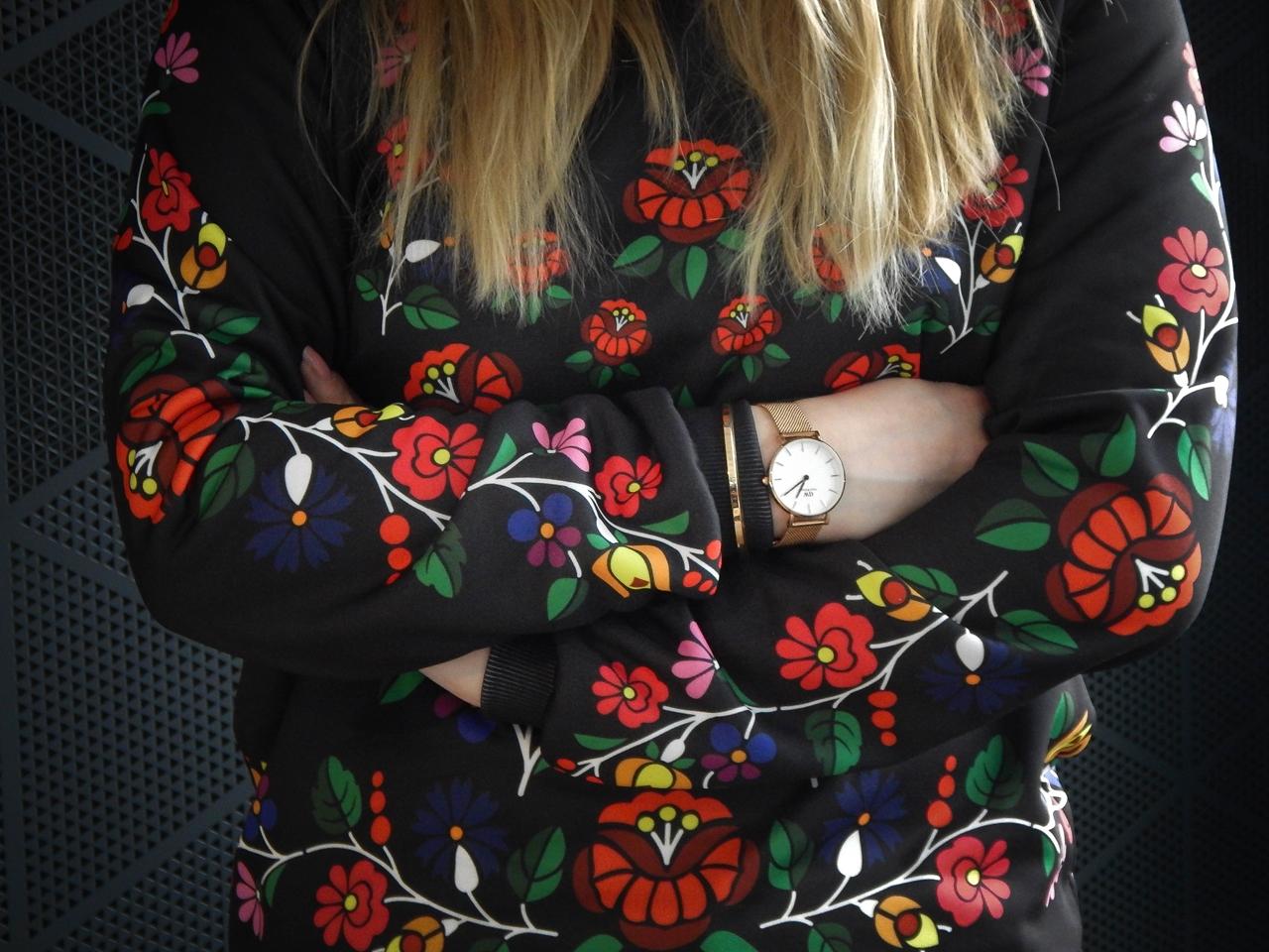 f12-2 folk by koko recenzja opinie ubrania folkowe łowickie motywy bluza góralska sukienka kodra łowicka folkowe ubrania moda ludowa pomysł na prezent fashion blog melodylaniella łódź dworzec łódź fabryczn