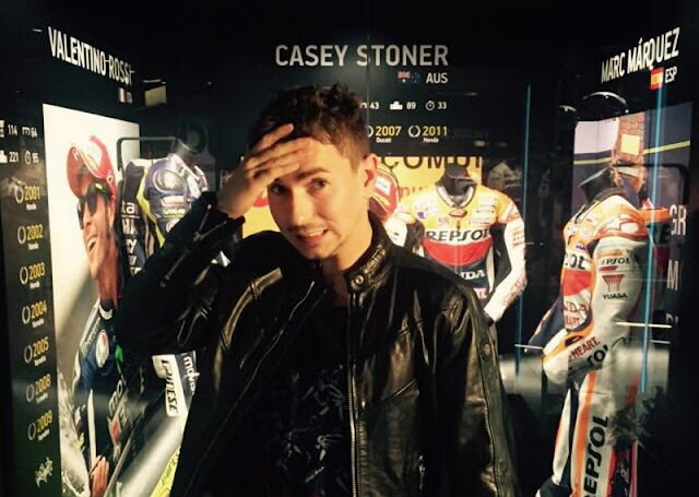 Rossi dan Marquez Jadi Lawan Berat, Jorge Lorenzo Frustrasi