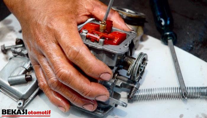 Tips Membersihkan Injektor Motor Sendiri, Praktis Serta Mudah