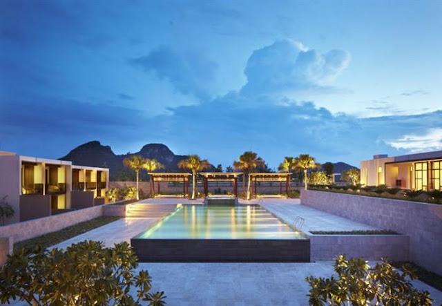 Hồ bơi ngoài trời - hyatt regency resort & spa Đà Nẵng