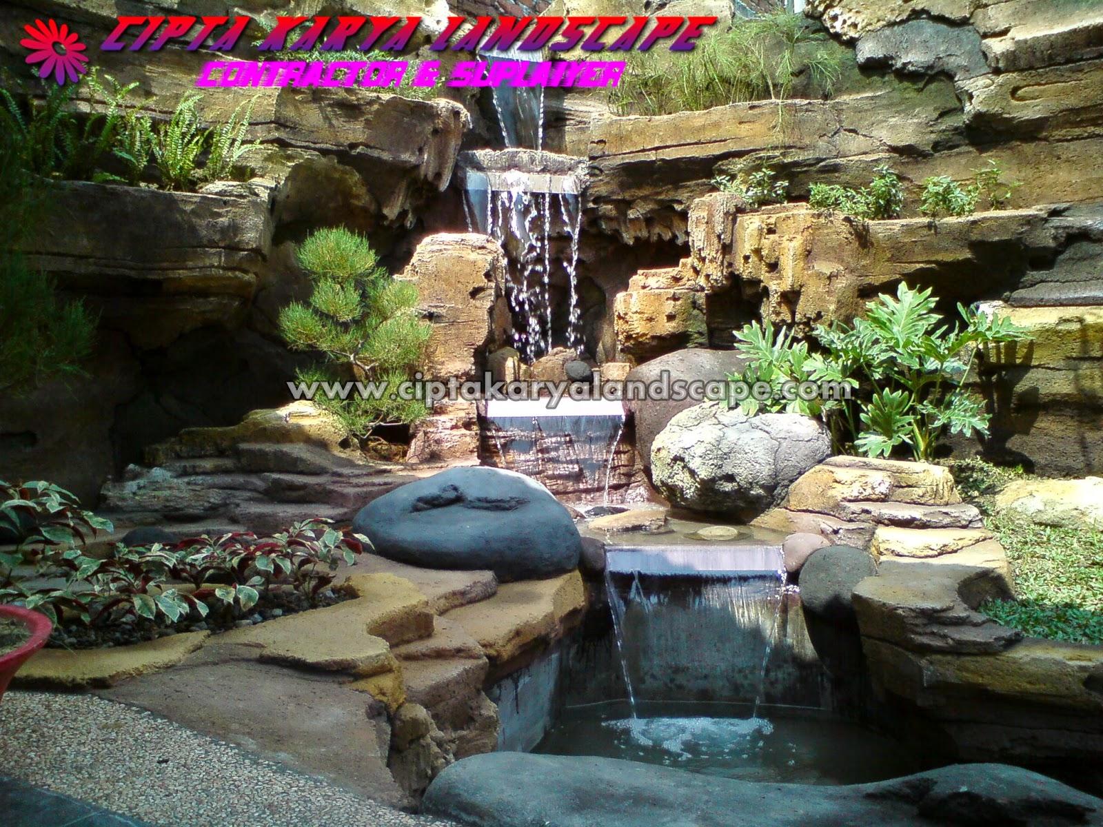 Taman Air Terjun Rumah Minimalis Destaman