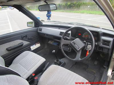 Interior Mobil Toyota Starlet