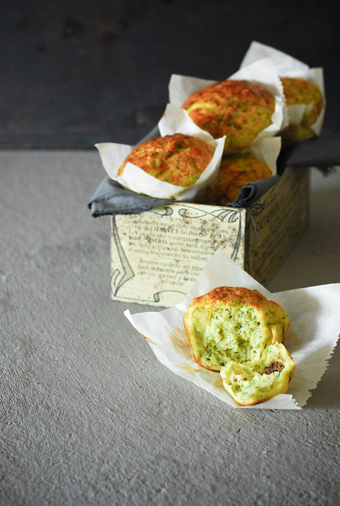 zucchini-tomato-cheese-muffins-magdalenas-calabacin-tomate-queso-bistrot-carmen