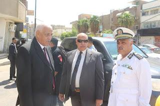 المحافظ ومدير الامن يتفقدان شارع الشهداء بحي السويس