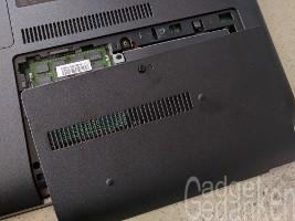 HP Pro Book 450 G3: Schraube für Abdeckung lösen