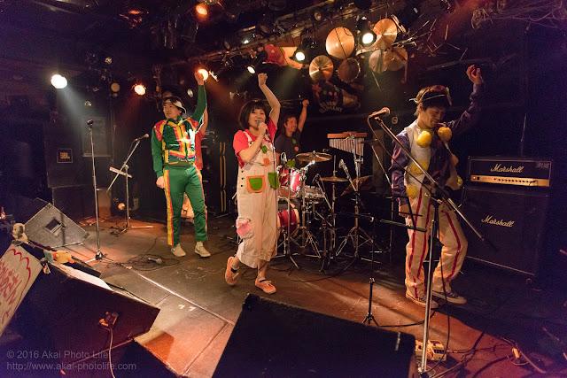 シルエレゆき birthday 企画ライブのおかさんといっしょのコピーバンドの写真3枚目