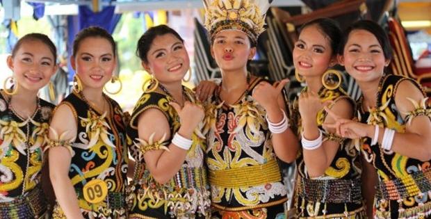 Faktor Penyebab Keberagaman Masyarakat Indonesia