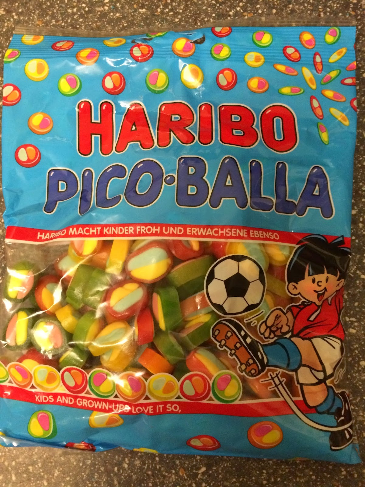 A Review A Day: Today's Review: Haribo Pico-Balla