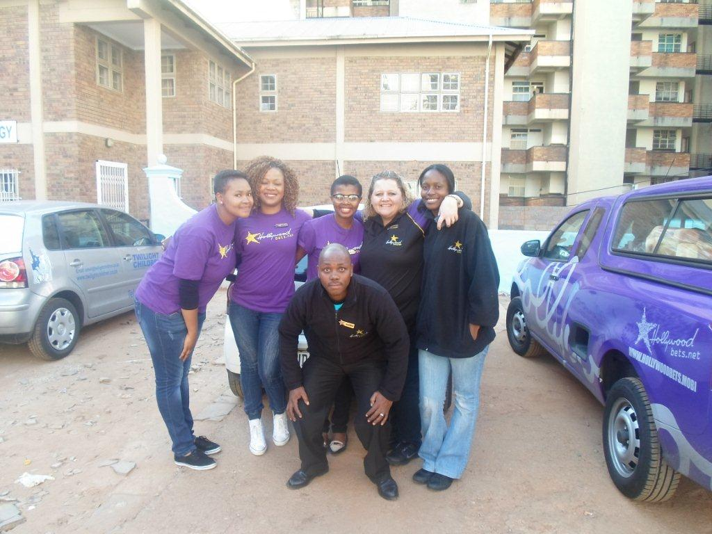 The Hollywoodbets team that donated to Twilight Children