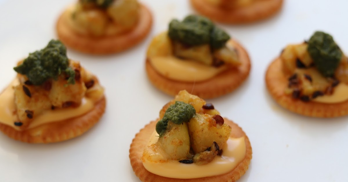 Chatpata veg canapes monaco bites healthy kadai for Vegetarian canape ideas