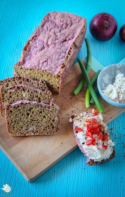 einfaches, saftiges Brot mit Geheimzutat